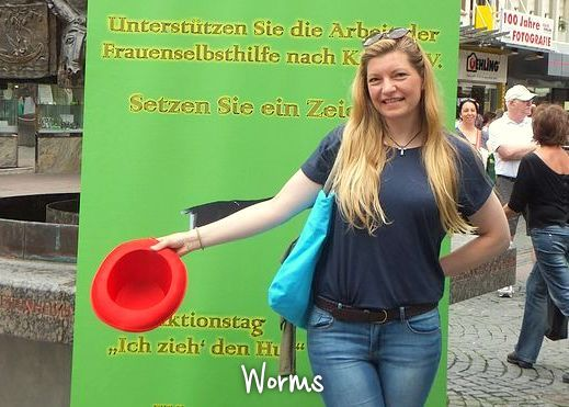Worms_DSCF1281_max720x540