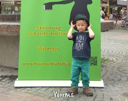 Worms_DSCF1284_max720x540